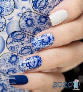 Гжельская роспись ногтей мода 2019-2020 года