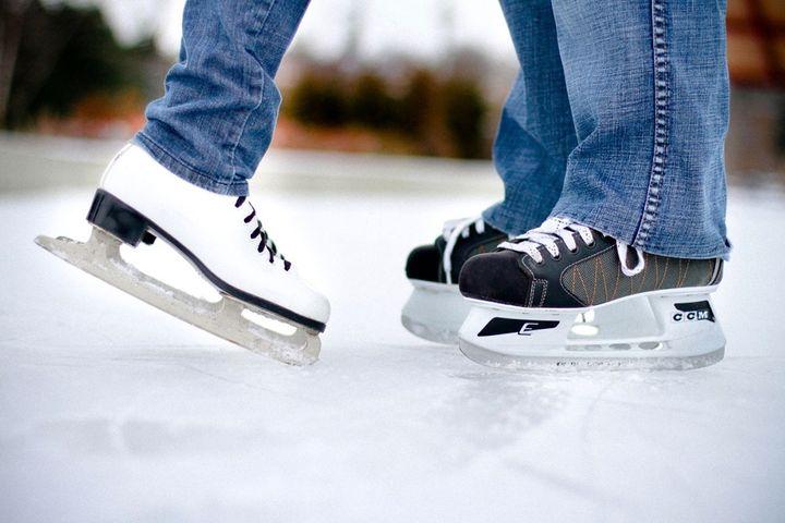 Пара на льду