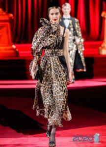Дольче Габбанна осень-зима 2019-2020 леопардовое платье