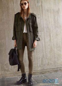 Модные коричневые джинсы осень-зима 2019-2020