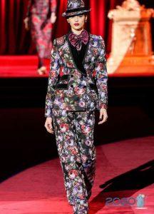 Цветочный принт в коллекции Dolce & Gabbana осень-зима 2019-2020