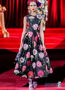 Пышное платье Dolce & Gabbana осень-зима 2019-2020