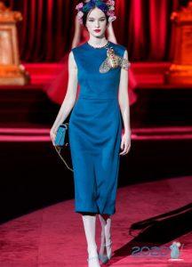 Элегантное синее платье осень-зима 2019-2020