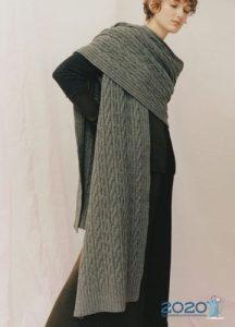 Модный объемный шарф