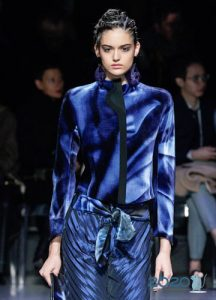 Пиджак с абстрактным принтом осень-зима 2019-2020