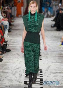Зеленое вязанное платье осень-зима 2019-2020
