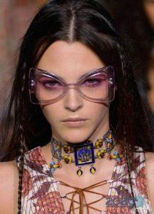 Модные очки с оправой бабочка - тенденции 2019-2020 года