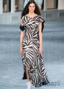 Черно-белое платье с узором зебра - мода 2020 года