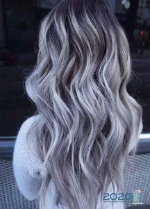Модный пепельный оттенок для блондинок на осень 2019 и зиму 2020 года