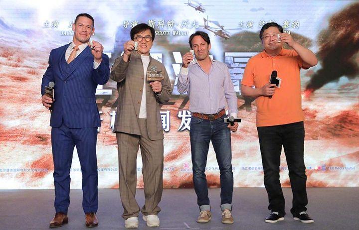 """Джон Сина, Джеки Чан и Скотт Ву на съемках фильма """"Проект Икс"""""""