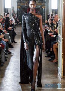 Платье Elie Saab с высоким разрезом зима 2019-2020