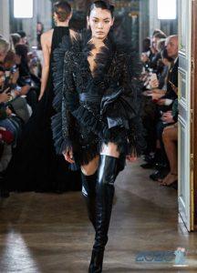 Короткое платье Elie Saab осень-зима 2019-2020
