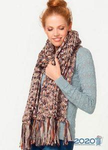 Модный вязаный шарф осень-зима 2019-2020