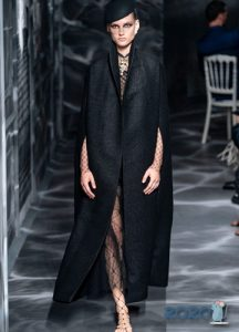 Кейп Christian Dior осень-зима 2019-2020 коллекция от-кутюр