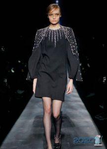 Черное платье в классическом стиле зима 2019-2020