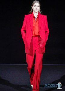 Красный брючный костюм для женщины зима 2019-2020