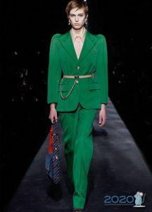 Зеленый женский костюм осень-зима 2019-2020