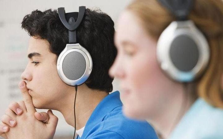 ЕГЭ 2020 по английскому языку - аудирование, особенности заданий