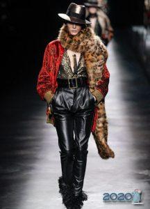 Меховый леопардовый шарф осень-зима 2019-2020