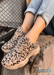 Леопардовые кроссовки сезона осень-зима 2019-2020