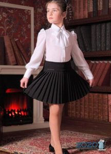 Модная школьная юбка на 2020 год