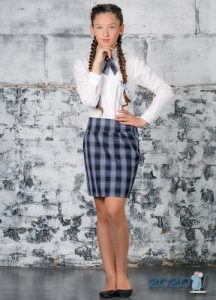 Юбка в клетку - школьная мода 2020 года