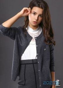 Кардиган для девочки - школьная мода на 2020 год