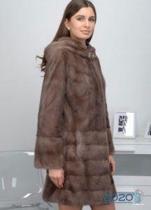 Русская норка оттенка пастель - шубы 2020 года