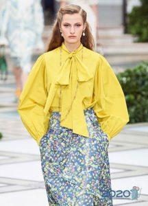 Желтая блузка с бантом весна-лето 2020