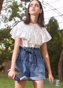 Широкие джинсовые шорты весна-лето 2020