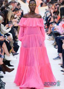 Прозрачное розовое платье весна-лето 2020