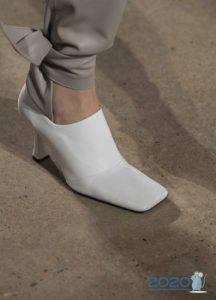 Туфли с квадратным носком - мода весны 2020 года