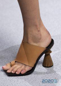 Летние туфли с эксклюзивным дизайном каблука